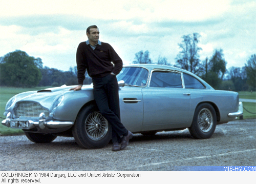 Sean Connery in Goldfinger with the D55