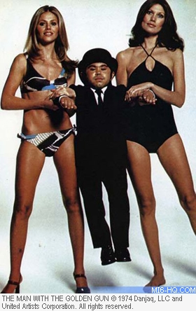 Bond girls Maud Adams and Brit Ekland with Herve Villechaize