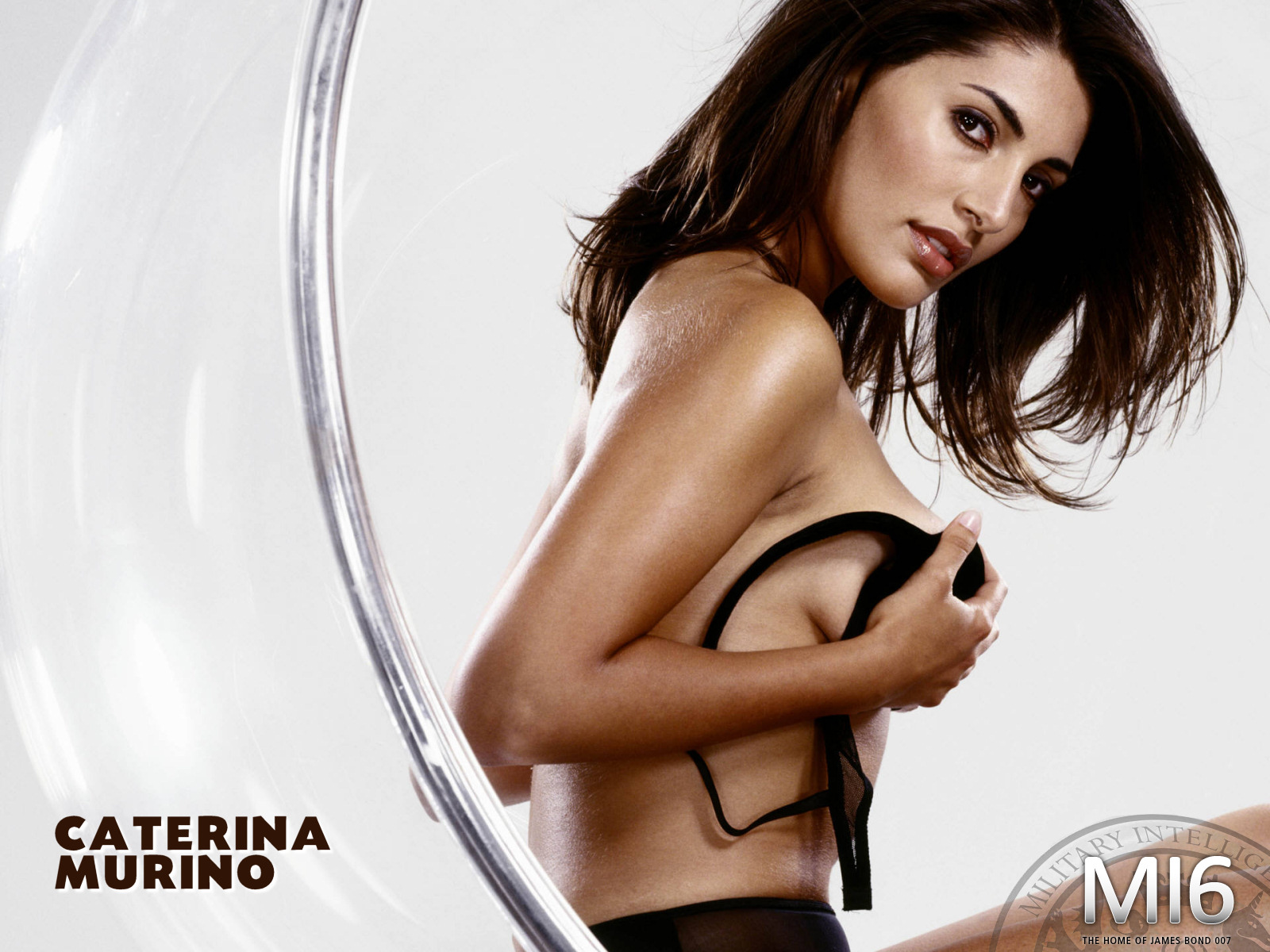 Caterina Murino Maxim caterina murino casino royale top hd images for ...