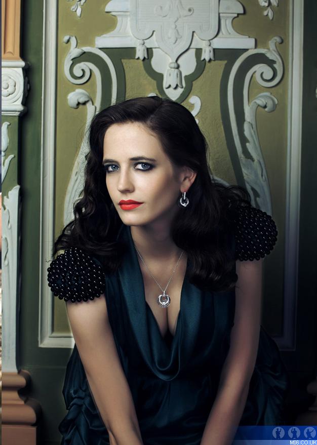 Eva Green - Image Gallery :: James Bond Photos :: MI6